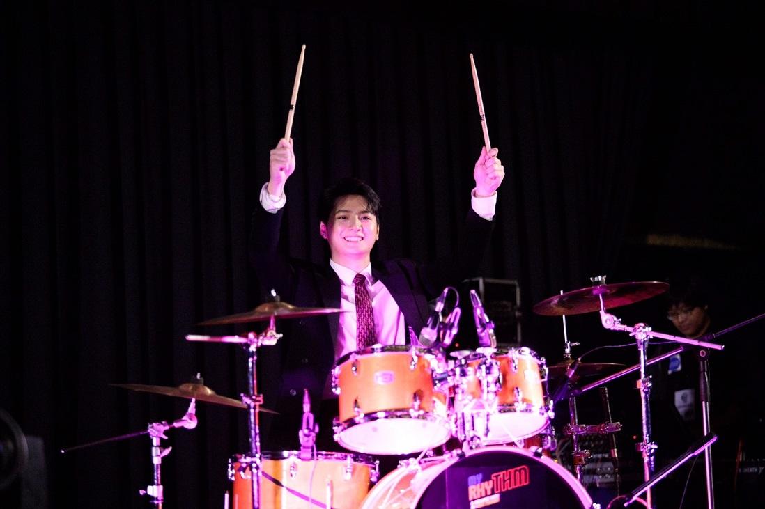 คริส drum Show1