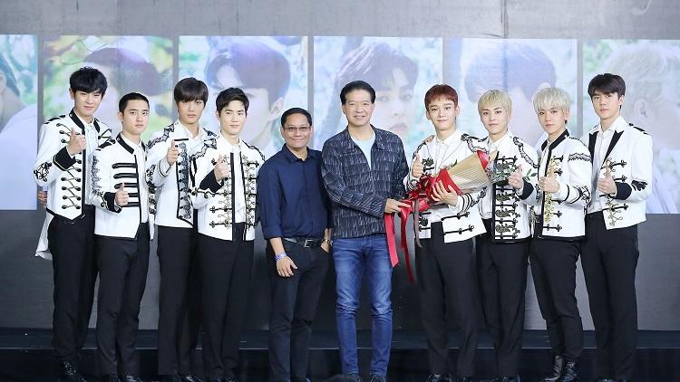 EXO with SM True Directors