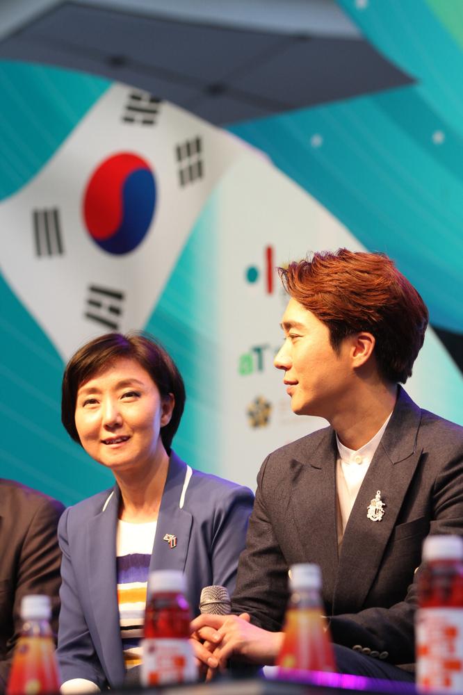 Hong ji hee_Josungmo