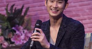 """คนดูยกใจให้ คิมซูฮยอน ทั้งฮอลล์  ในงานแฟนมีตติ้งครั้งแรกที่ประเทศไทย  """"2014 Kim Soo Hyun Asia Tour1st Memories in Thailand""""  สนุกครบทุกรส ทั้งหวาน ซึ้ง ฮา เศร้า สมกับที่รอคอย"""