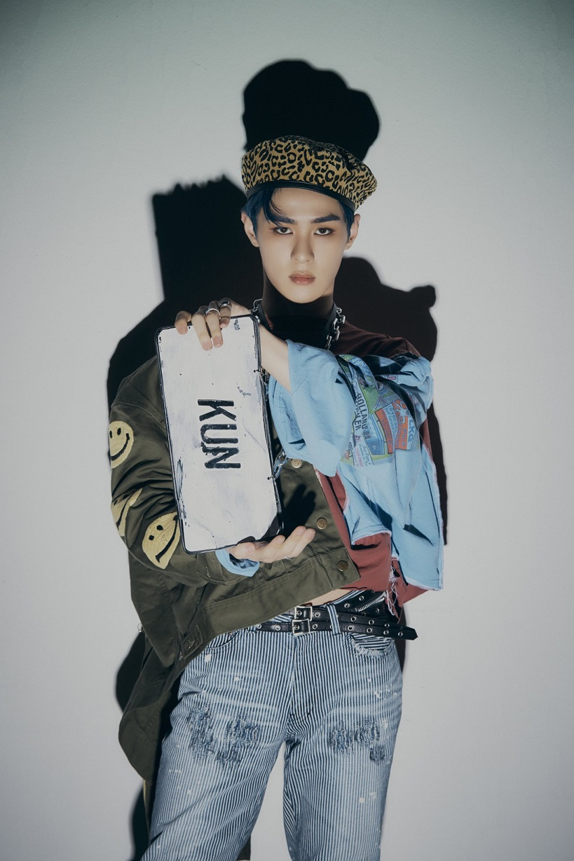 [KUN Image 2] WayV - The 1st Album 'Awaken The World'