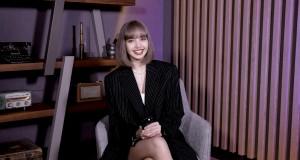 LISA สมาชิกวง BLACKPINK เปิดตัว LALISA บน Spotify พร้อมกับข้อความถึงแฟนๆ ชาวไทย  LISA เทคโอเวอร์เพลย์ลิสต์ DOPE AF ของ Spotify เพื่อแบ่งปันเพลงโปรดของเธอแก่ๆ แฟนๆ ได้เพลิดเพลินไปด้วยกัน