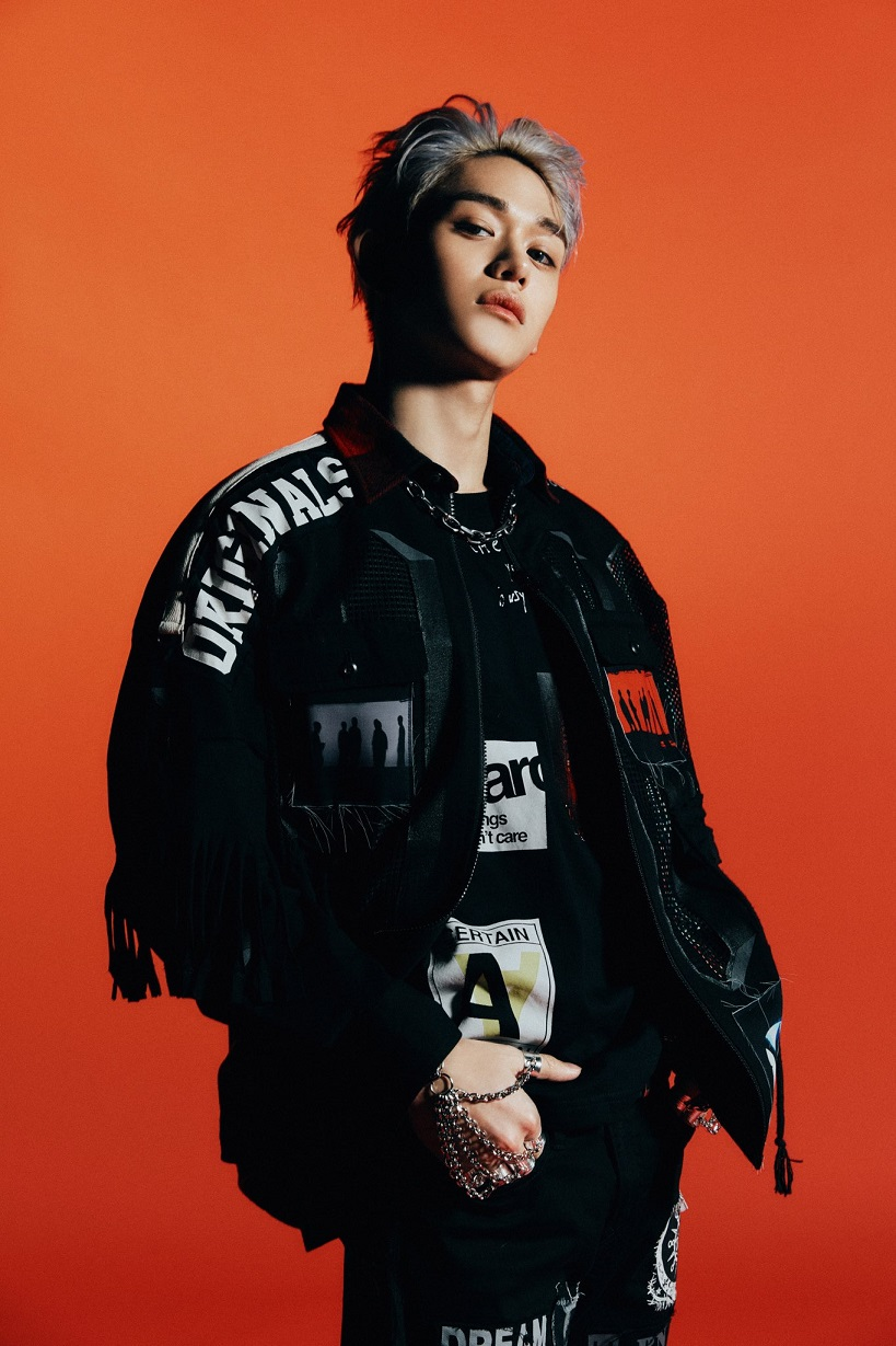 [LUCAS Image 1] WayV - The 1st Album 'Awaken The World'