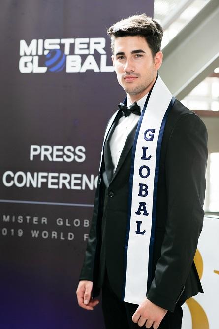 Mr.Dario Doque เจ้าของตำแหน่ง Mister Global 2018