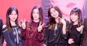 Red Velvet เกิร์ลกรุ๊ปสุดฮอต ลัดฟ้าเยือนไทยใกล้ชิดแฟนคลับครั้งแรก