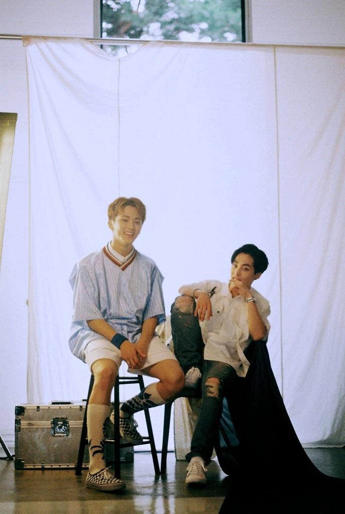 [STATION] MARK & XIUMIN (3)