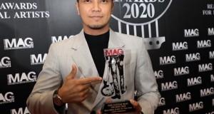 """""""Clash"""" นำทีมทัพศิลปินแกรมมี่ฯ บุกกวาดรางวัลเวทีคนดนตรี The Guitar Mag Awards 2020"""
