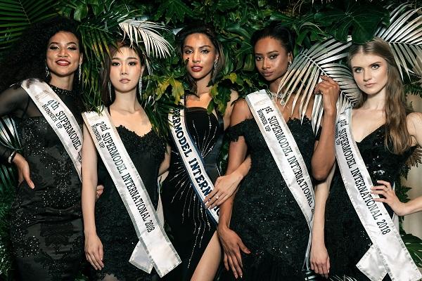 Supermodel International (2)