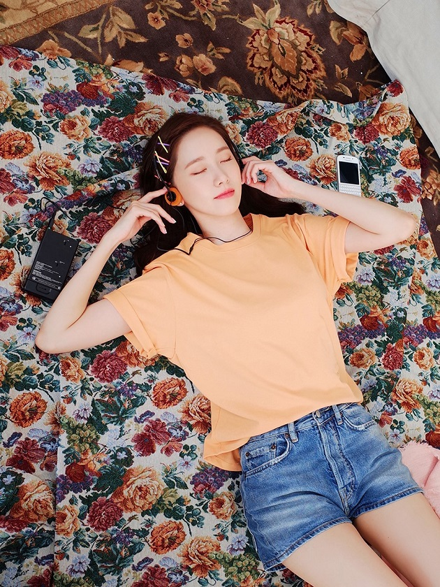[Teaser Image 16] YOONA - Special Album 'A Walk to Remember'