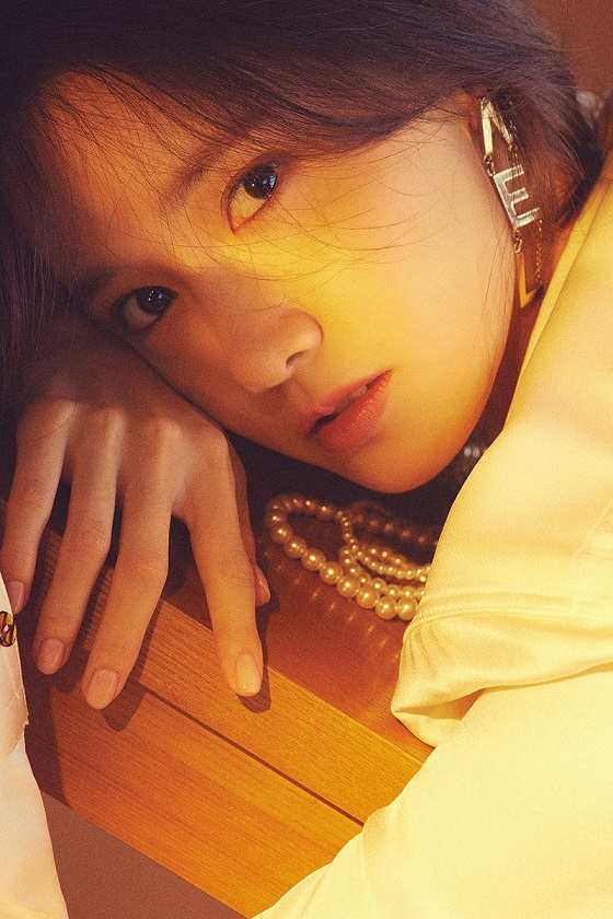 [Teaser Image 6] YOONA - Special Album 'A Walk to Remember'