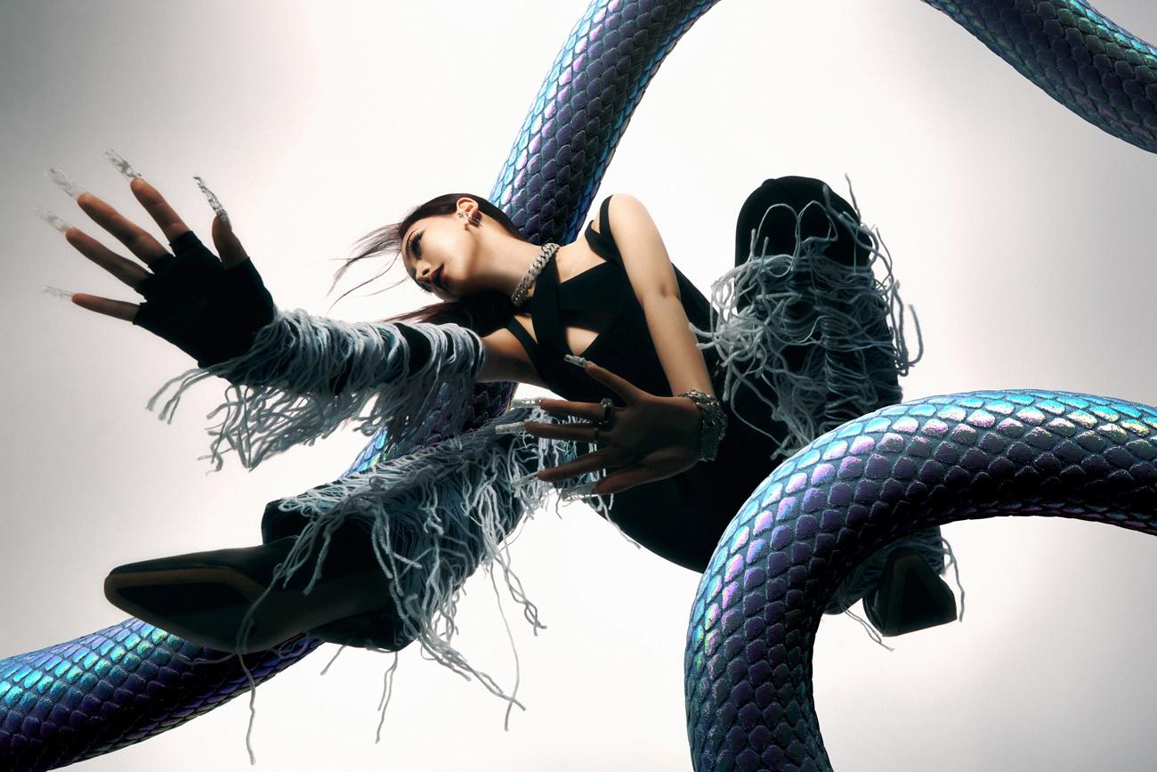 [Teaser Image 7] KARINA 'Savage' Hallucination Quest (1)