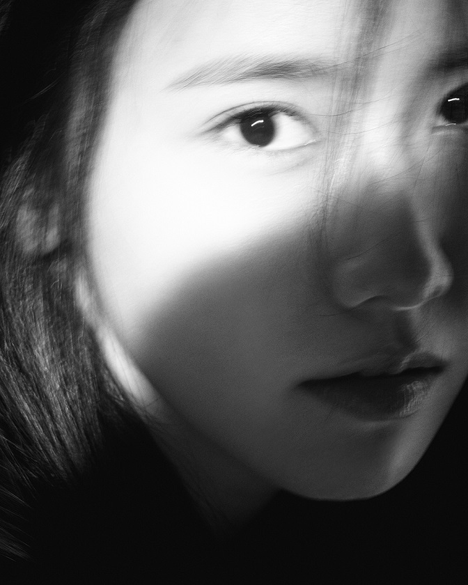 [Teaser Image 8] YOONA - Special Album 'A Walk to Remember'
