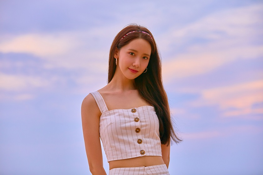 [Teaser Image] YOONA - Special Album 'A Walk to Remember'