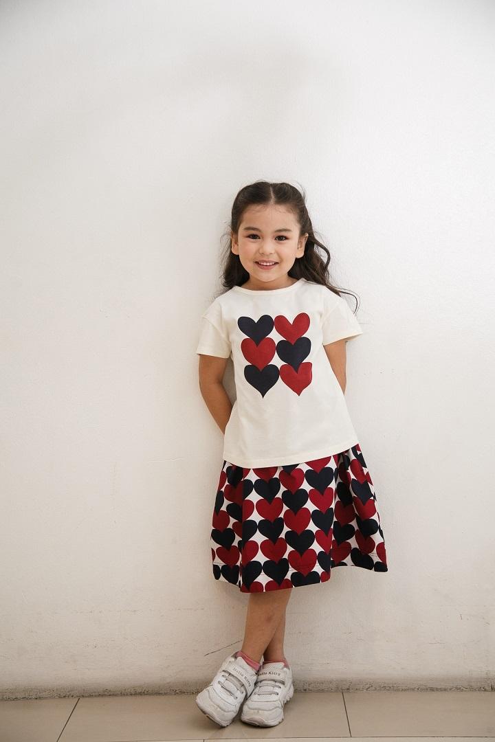 UNIQLOxMarimekko Short Sleeve T-Shirt Siamilaiset Sydamet Pattern
