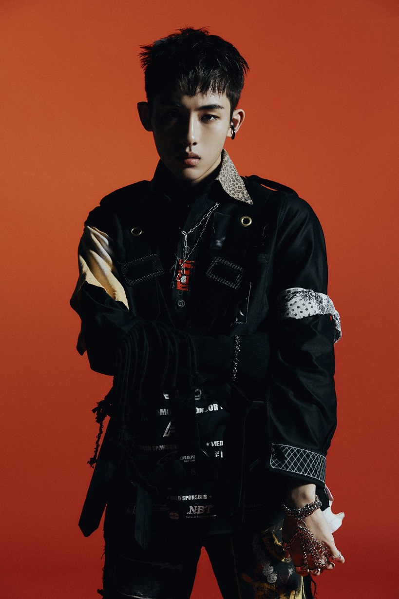 [WINWIN Image 1] WayV - The 1st Album 'Awaken The World'